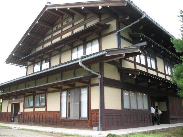 木の文化共生創造館